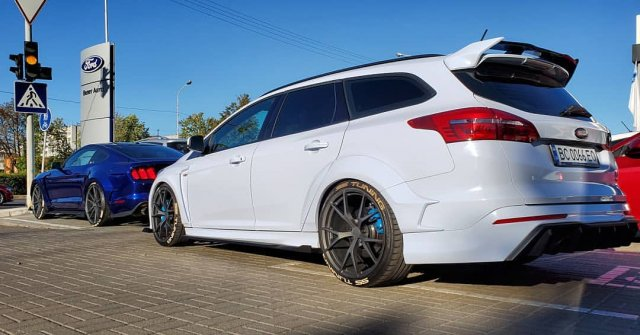first-ford-focus-rs-wagon-conversion-comes-with-drifting-awd_5.jpg
